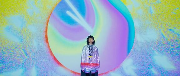 三阪咲、2nd EP『After Rain』収録の「StaRting PoiNt」MV公開
