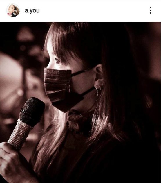 浜崎あゆみ、黒マスク姿の横顔SHOT公開&配信ライブへの思い綴る「言葉を並べての説明は嫌いなので…」サムネイル画像