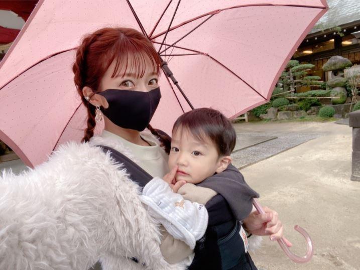 辻希美、三男とのお出かけSHOT&来年に向けての抱負を綴る「とにかく家族の健康第一!!」