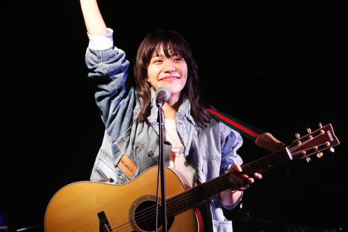 大城美友、デビュー2周年記念配信ワンマンで配信シングル「ヤンチャ風」リリースを発表