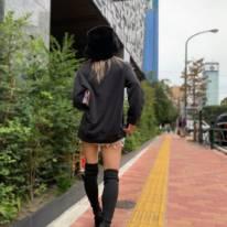 「足細っ!」倖田來未、美脚際立つプライベートSHOT公開し反響「小顔すぎます」