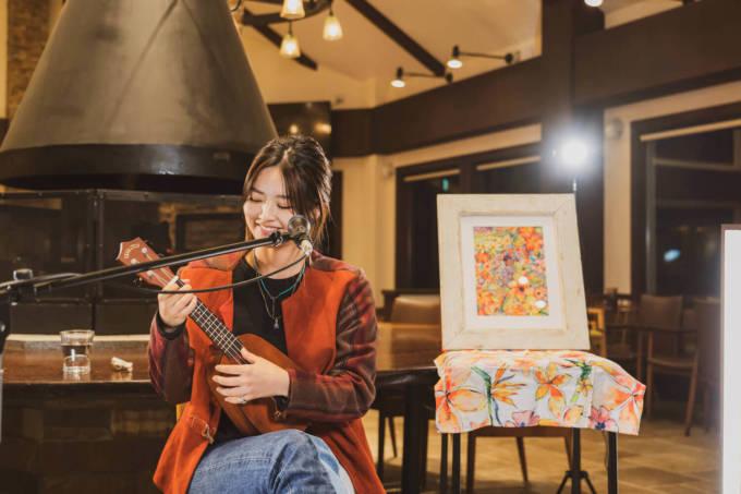 Miyuuが、自然豊かな清里萌木の村よりオンラインライブを開催