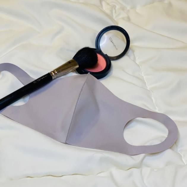 【プロが教える】マスクメイクでも血色UP!隠れないチークの入れ方!サムネイル画像