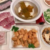 """辻希美、""""パパ漁師""""夫・杉浦太陽との2SHOT&魚料理を公開し「はぁ〜贅沢やぁ」"""