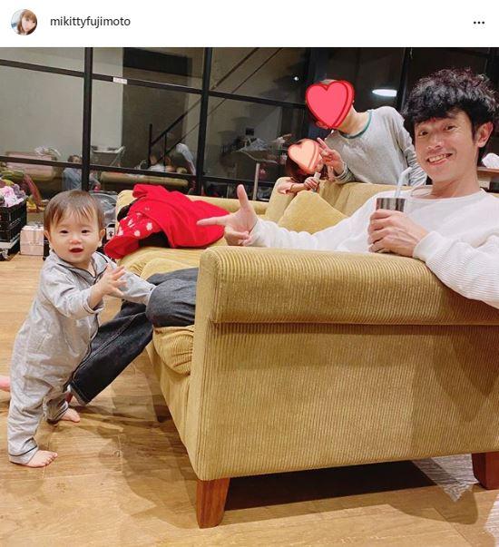 """藤本美貴、夫・庄司智春&子供たちの""""幸せ4SHOT""""に反響「理想の家族」「とても微笑ましい」"""