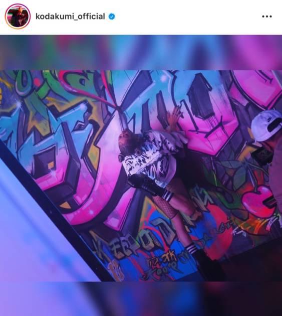 """倖田來未、つり目×キラキラリップの""""強め""""メイクSHOT公開「宇宙でいちばんかわいい」「女神」"""