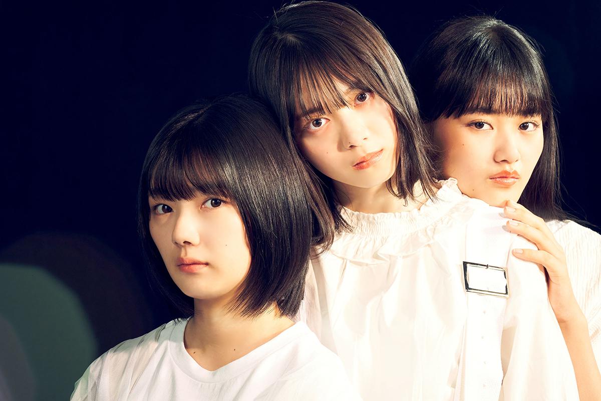 櫻坂46・森田ひかる&藤吉夏鈴&山崎天、白い衣装に身を包んだカットが公開