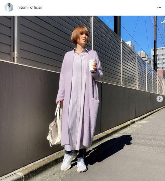 hitomi、美スタイルのワンピースSHOT&生後3ヶ月の三男を公開し反響「産後も綺麗」「着飾らなくても素敵」