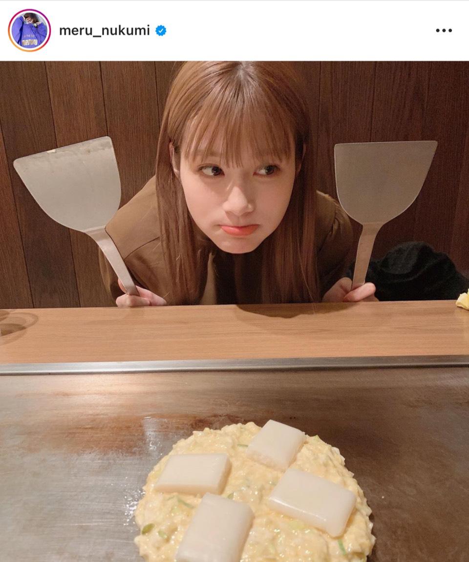"""「顔ちっちゃ!!」めるる、""""お茶目顔SHOT""""公開にファン反響「超絶可愛い!!」"""