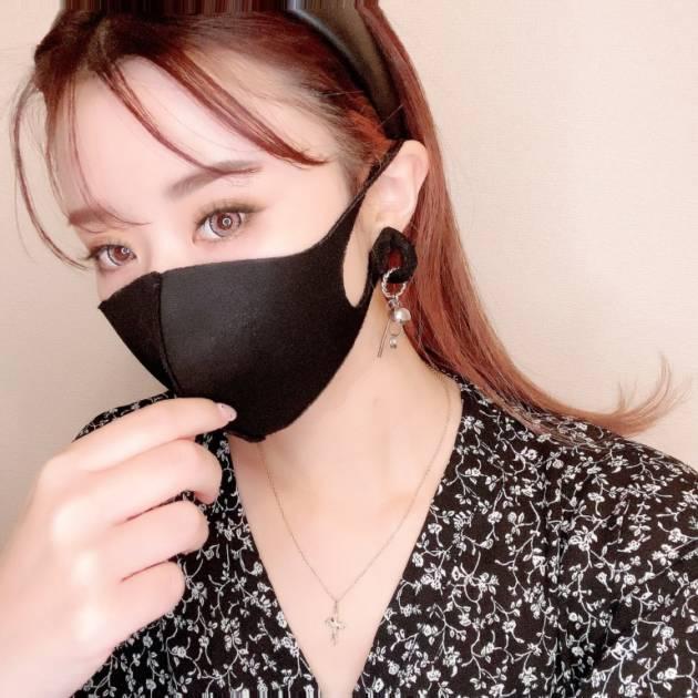 ブラックマスク