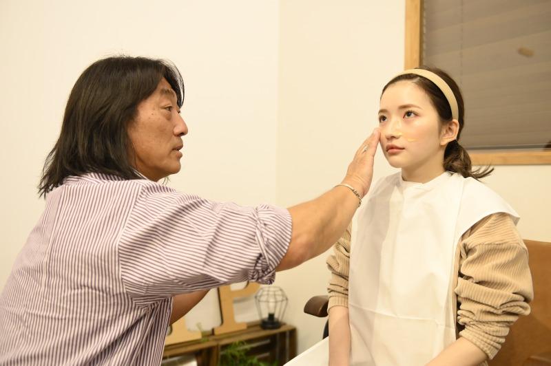 写真左:中嶋竜司さん、写真右:南りほさん/(c)E-TALENTBANK