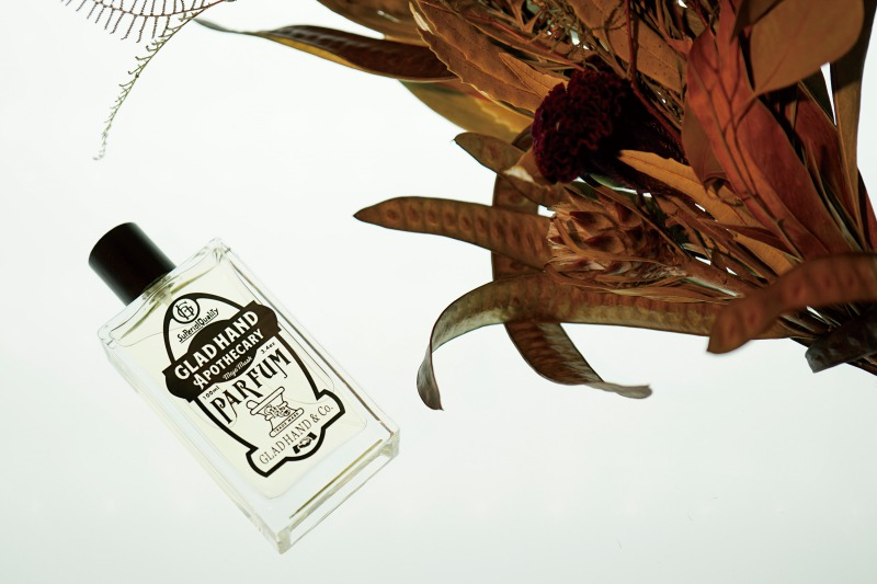クラシックな薬局をコンセプトとする「GLAD HAND APOTHECARY」から香水など発売開始サムネイル画像