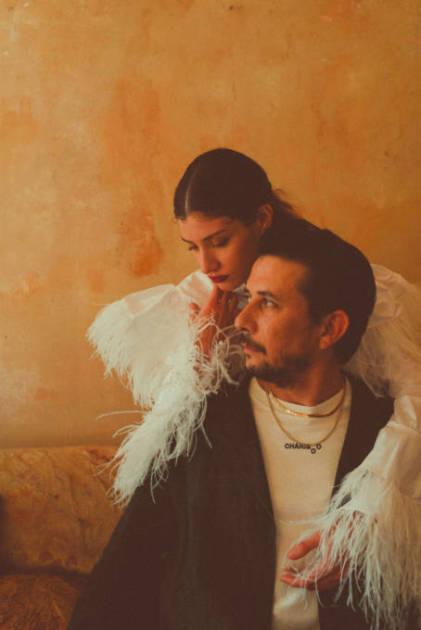 カンデ・イ・パウロ (Cande y Paulo)、メジャー3枚目となるシングル「Summertime」をリリースサムネイル画像