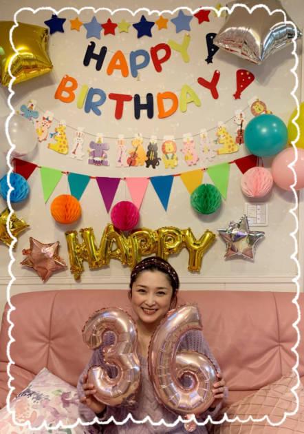 「36歳になりました」石川梨華、誕生日を報告&笑顔SHOT公開し反響「永遠のアイドル」「可愛すぎる」サムネイル画像!