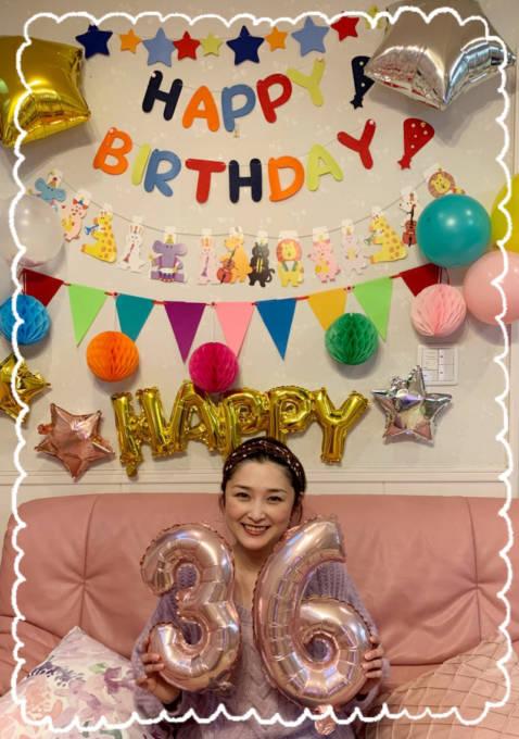 「36歳になりました」石川梨華、誕生日を報告&笑顔SHOT公開し反響「永遠のアイドル」「可愛すぎる」