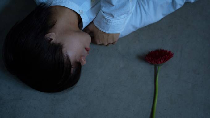西山晃世、3ヶ月連続リリース発表&第1弾は「恋してるビーバー」リリース
