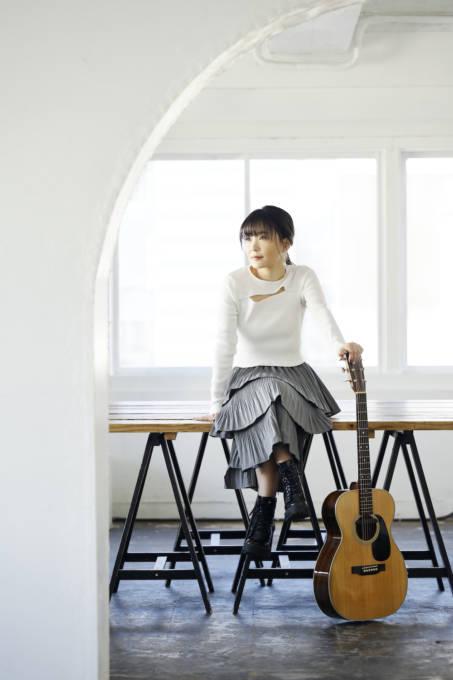 森恵、10周年を記念したベストアルバムのジャケ写を解禁
