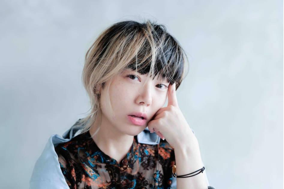 Salyu、透明感あふれる唯一無二の歌声が心に響き渡るCMソング「Stay Happiness」のMVが公開サムネイル画像