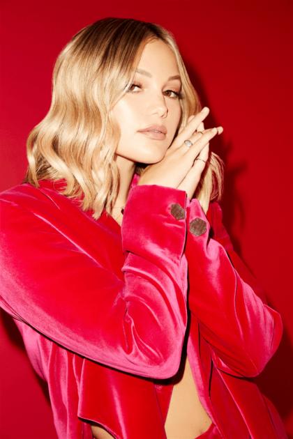 オリヴィア・ホルト、最新シングル曲「Do You Miss Me」のミュージックビデオをリリースサムネイル画像