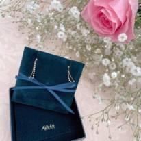 辻希美「申し訳ないほど豪華な」ホワイトデーのプレゼント&杉浦太陽との2ショットを公開「お高いピアスって…」