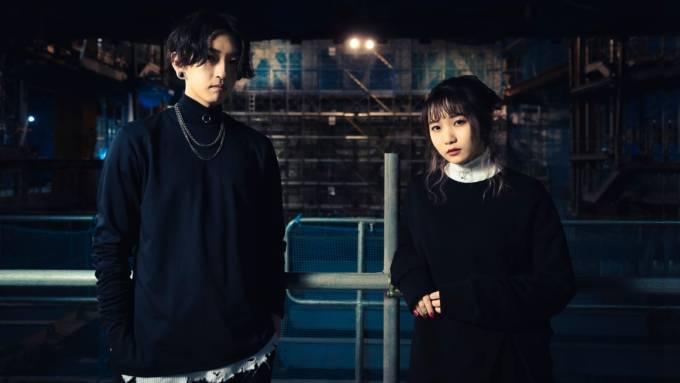 """YOASOBI・Ayase、ikuraとの""""緊張の初対面""""振り返る「ほぼ会話してない」"""