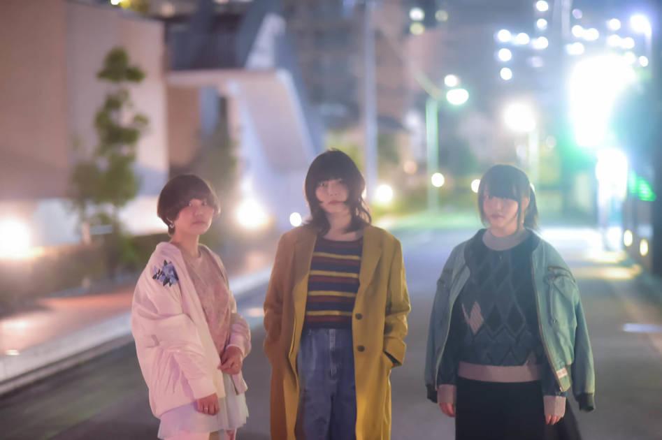 福岡ガールズ・バンドの新鋭snootyが3ヶ月連続配信リリース決定サムネイル画像!
