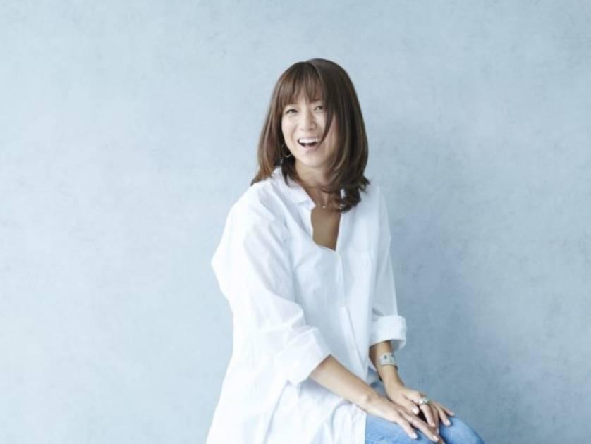 "hitomi、娘の中学入学&""人生一番ぐらい忙しい""日々を明かす「頭の中がやばい事に…」サムネイル画像"