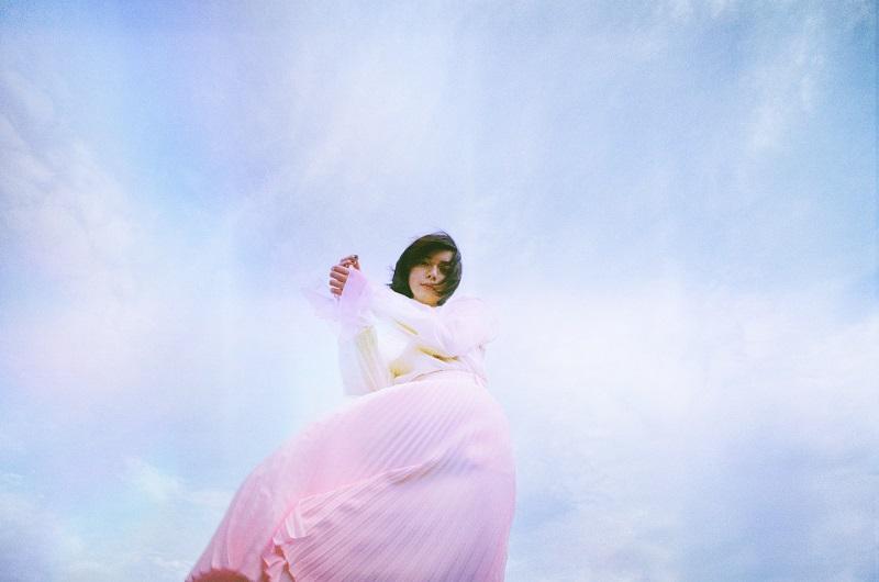 adieu(上白石萌歌)、新曲「春の羅針」MVのエンディングティザーにて初夏のミニアルバムリリースを発表サムネイル画像