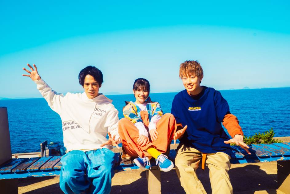 LONGMAN、1年越しのリベンジライブ東京公演を開催サムネイル画像