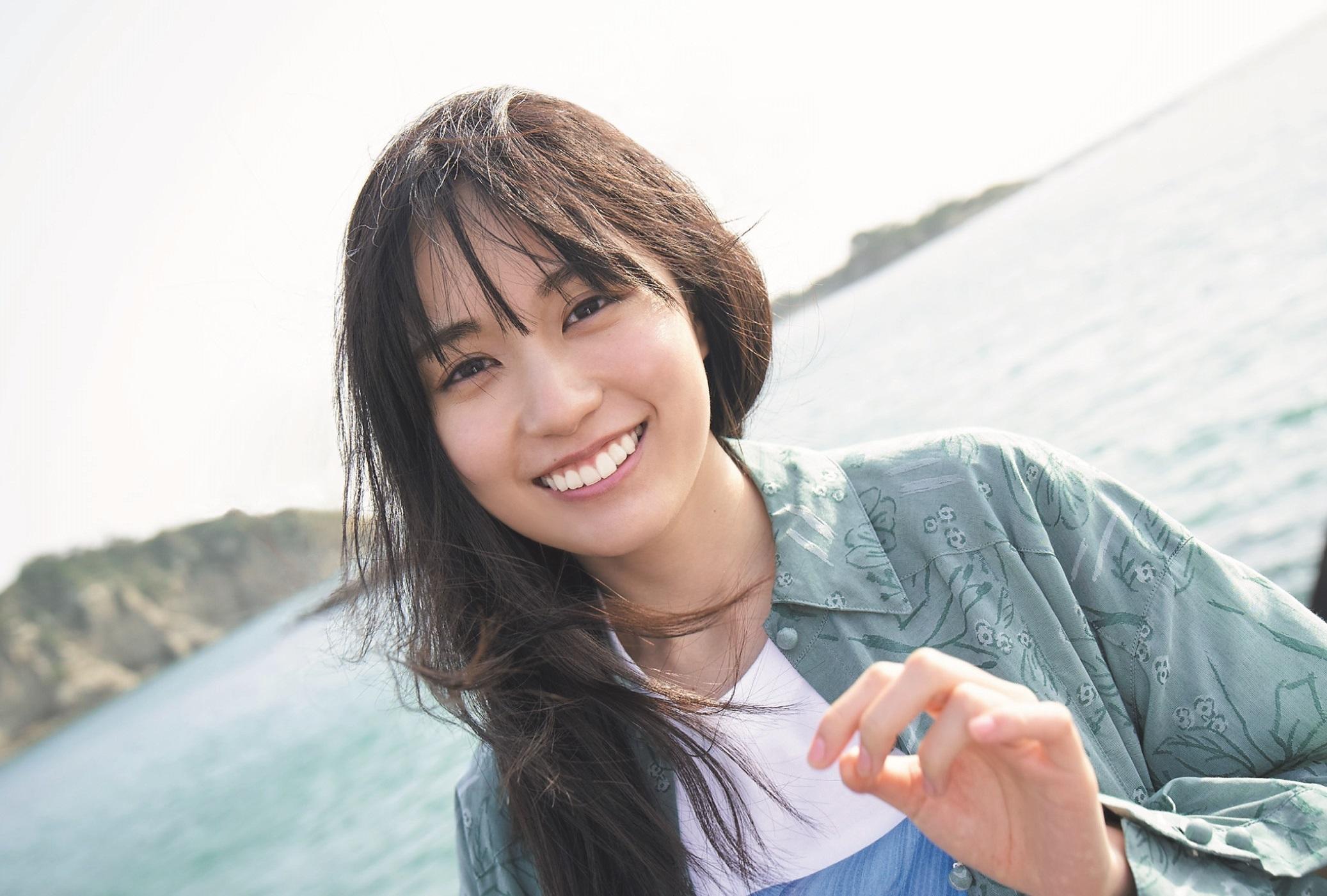 """乃木坂46・賀喜遥香、さまざまな""""かっきースマイル""""を披露"""