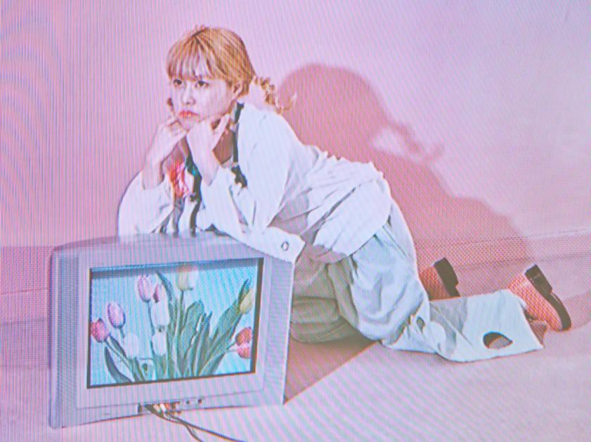 さとうもか、メジャーデビューシングル「Love Buds」先行配信スタート&リリックビデオ(Short Edit)公開サムネイル画像