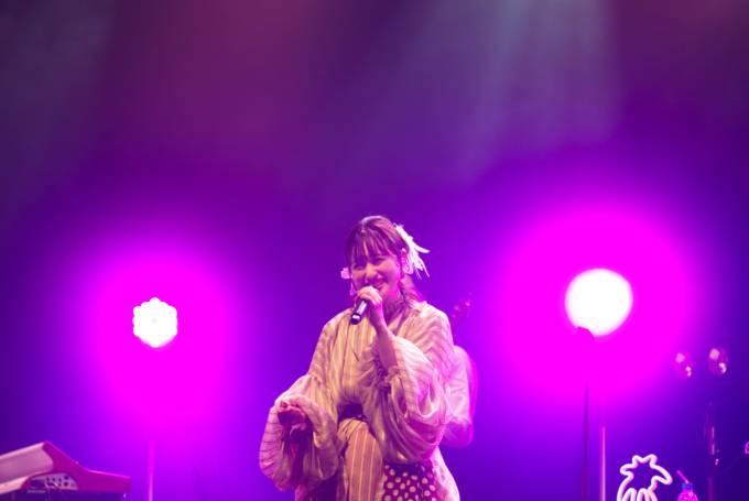 武藤彩未、自身の誕生日ライブでドラム&新曲「今夜のキスで忘れてほしいの」を初披露