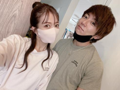 """""""1年美容室に行ってない""""辻希美、セルフ染めSHOT公開「自分時間なんて無理だから…」サムネイル画像"""