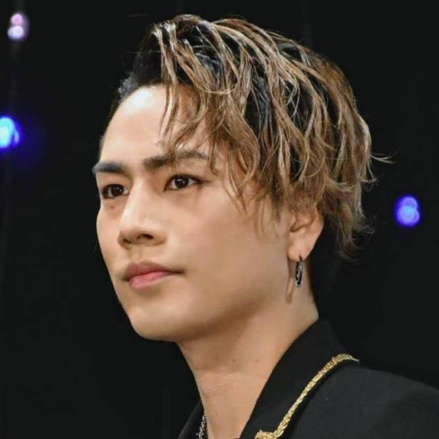 「これはやばい」三代目JSB・登坂広臣、胸元はだけたセクシーSHOTにファン興奮「心臓持たない」