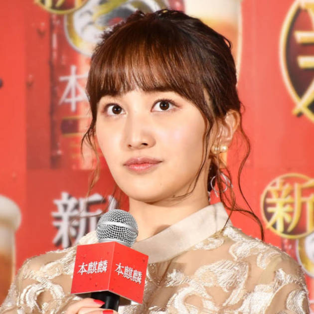 """百田夏菜子、リラックスした雰囲気の""""リハ日""""オフSHOTにファン反響「笑顔が素敵」「美人すぎます」サムネイル画像"""