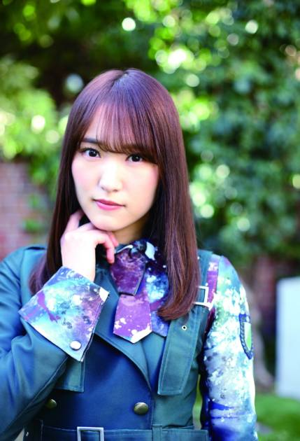櫻坂46キャプテン・菅井友香、魅力のつまった衣装&私服SHOT公開サムネイル画像!