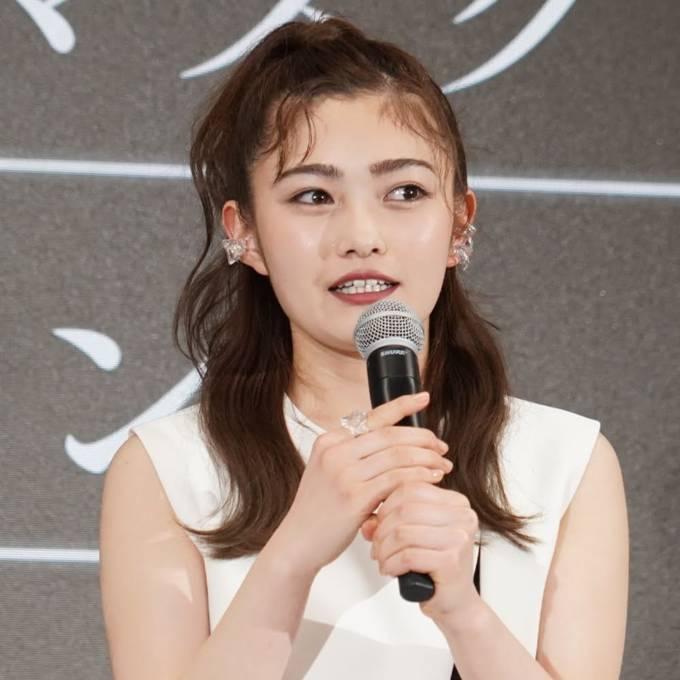 井上咲楽、レオパード×レースのワンピ姿にファン反響「どんどん可愛さパワーアップ」「美人すぎ」