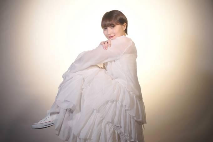 有華、TikTokで話題の楽曲「一蓮星」のミュージックビデオを公開
