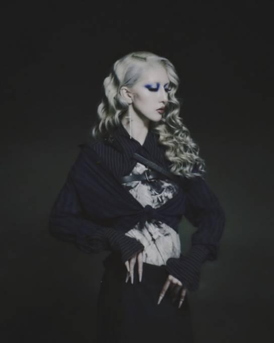 すべてのボーダーを美しく越境するラッパー・歌代ニーナ、デビューシングル「ARIA」リリース