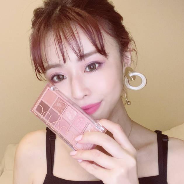 """大人も似合う """"韓国美人メイク""""!おすすめアイテムはこれ!サムネイル画像!"""