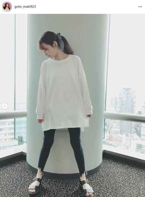 「脚細すぎ!」後藤真希、すらっと美脚のロンT&黒パンツコーデに絶賛の声「こんなママになりたい」