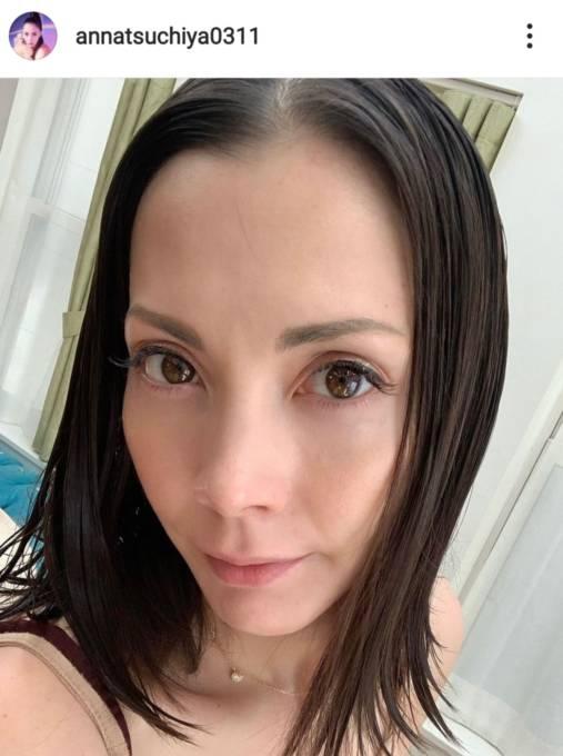 土屋アンナ、プリンセス気分な娘たちのレオタードSHOT公開「天使達が渋滞中です」
