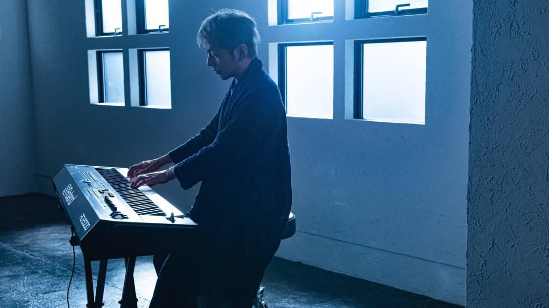 ADAM at、6月23日発売アルバム『Daylight』よりメタル+ピアノ・インストの衝撃曲「ケイヒデオトセ」先行配信開始サムネイル画像!