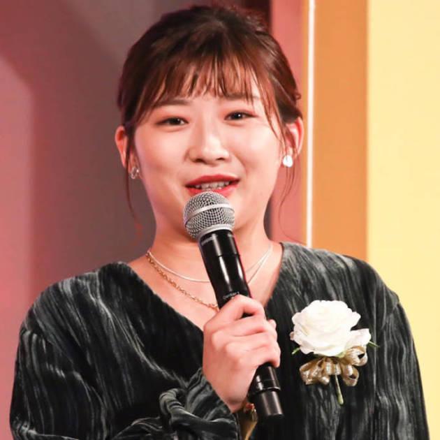 伊藤沙莉、美肌な横顔SHOTに反響「肌綺麗で羨ましい」「可愛すぎる」