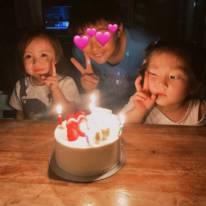 """「まさかの…」土屋アンナ、七夕の""""サプライズ""""に大喜びした子供たちの写真公開し反響「可愛すぎます」「癒されました」"""