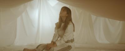 鈴木瑛美子、TVアニメ「キングダム」エンディング「kIng」MV公開&先行配信スタートサムネイル画像!