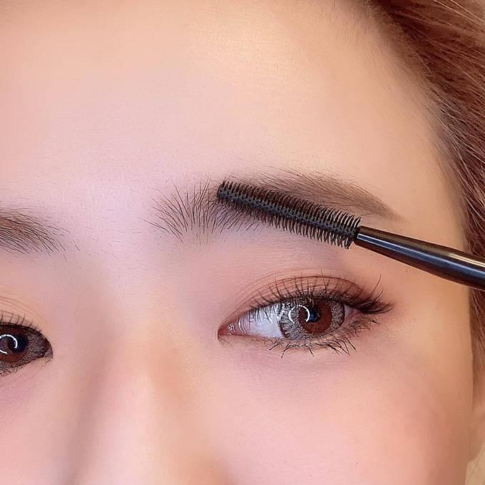 眉の左右非対称どうしたらいい?「眉メイク」のお悩み解決テクニック!