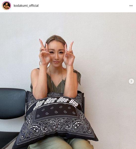 「お顔小さ…」倖田來未、美鎖骨覗くナチュラルSHOTに反響「可愛さと綺麗さが溢れてる」サムネイル画像!