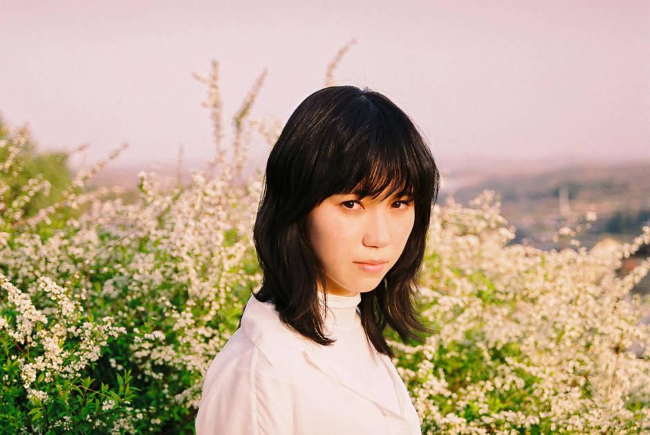 Karin. 1st ALBUMリリース2周年記念企画第二弾として「青春脱衣所 -弾き語り-」コード付きリリックビデオ公開サムネイル画像!