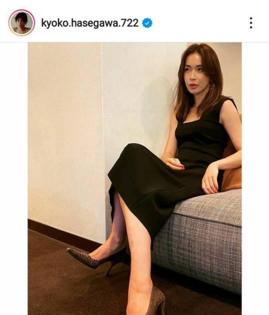 「スタイル抜群」長谷川京子、美脚が覗く黒ワンピースSHOTに絶賛の声「色気すごい」サムネイル画像!